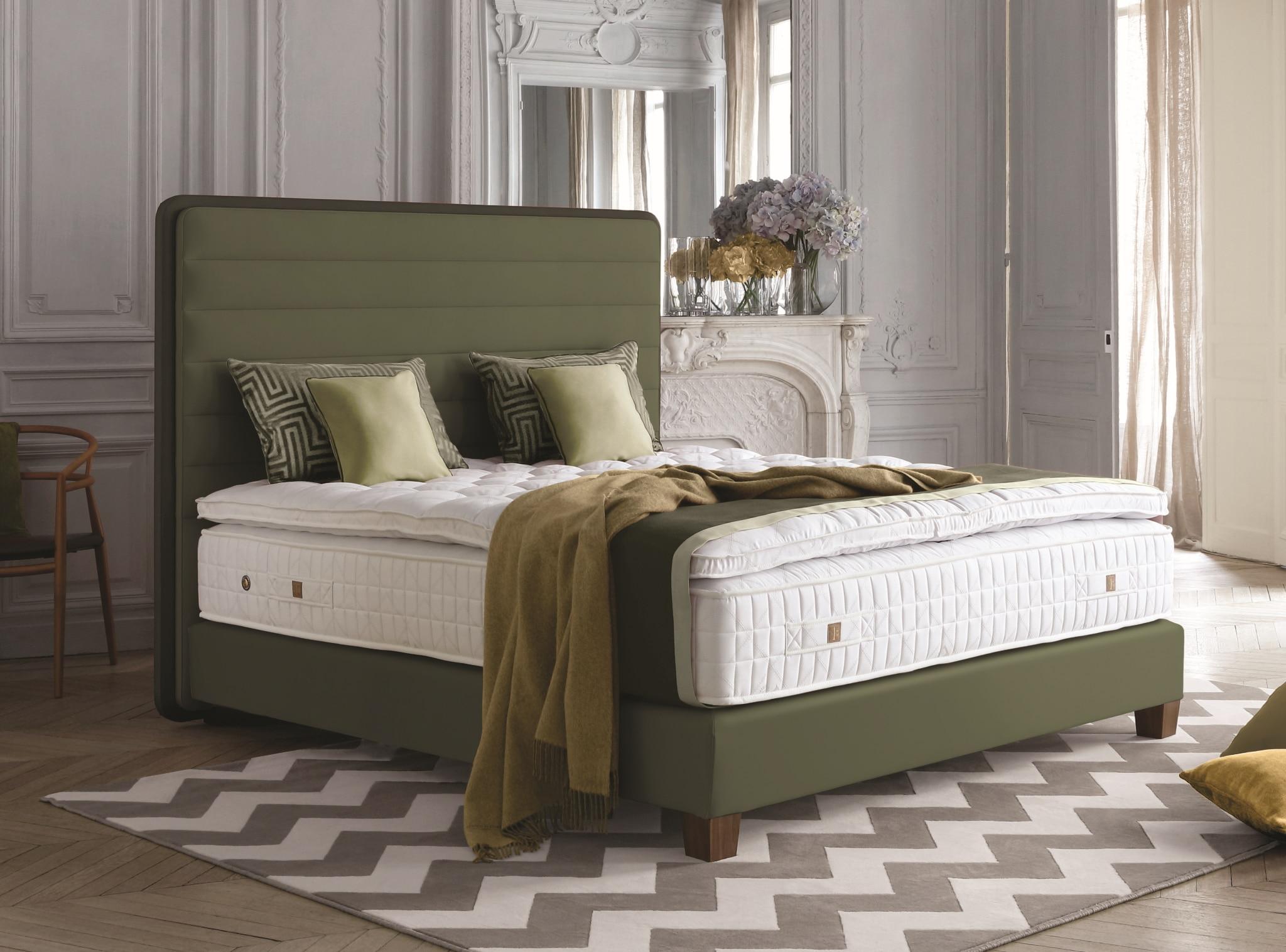 Treca Lounge Bett 1